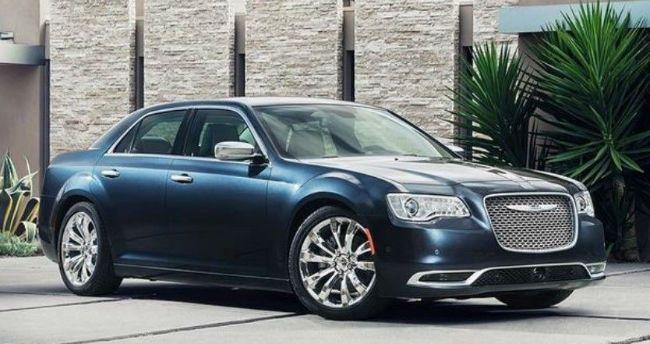 New Chrysler 300 2018 With Images Chrysler Chrysler 300