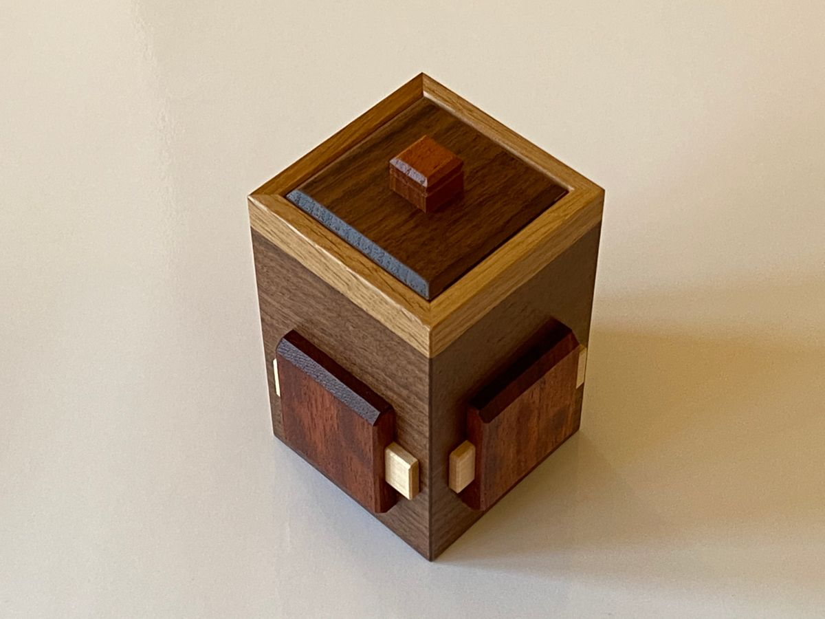 Bean bag drawer 2 puzzle box by Hiroshi Iwahara in 2020 | Puzzle