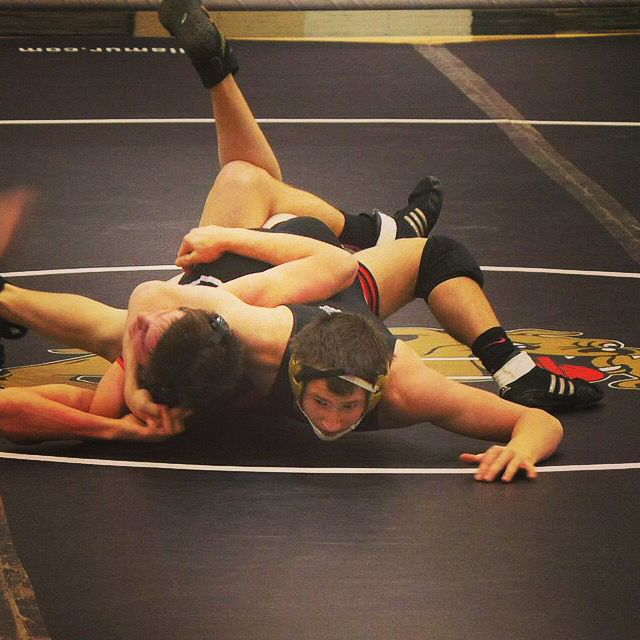 Wrestler Throwing In Legs For Some Near Fall Points Wrestler Wrestling Sumo Wrestling
