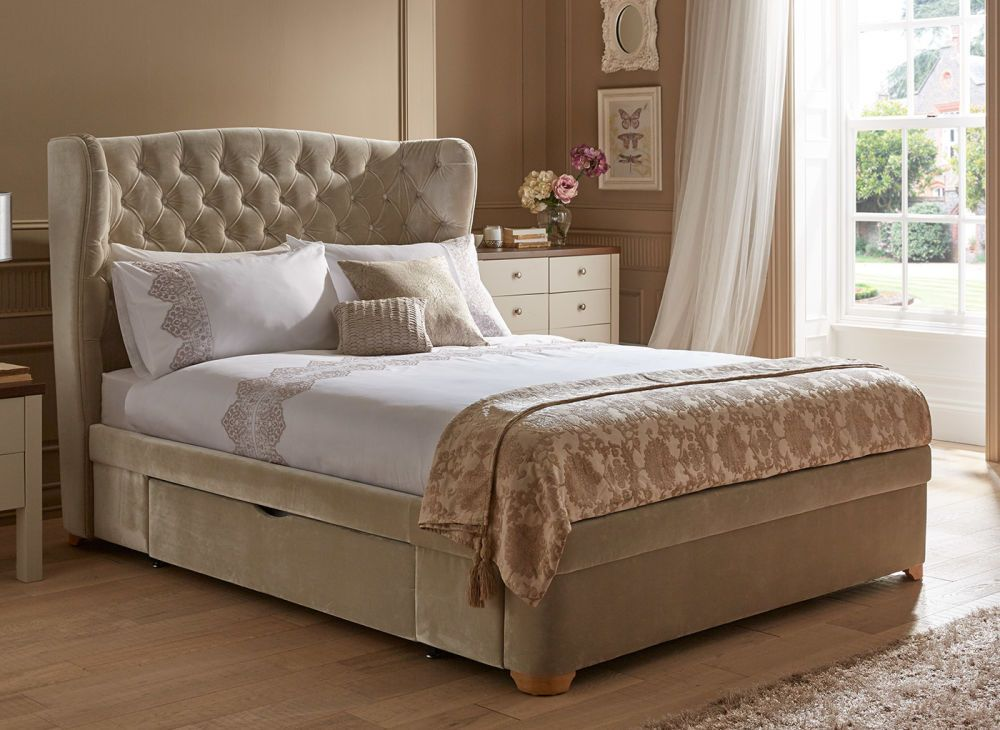 Beautiful Plush Velvet Combined With An Elegant Winged And