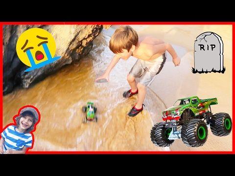 The Axel Show Trailer Youtube Monster Trucks Legos Monster