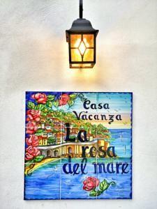 http://www.booking.com/hotel/it/la-rosa-del-mare-amalfi.html?aid=940619