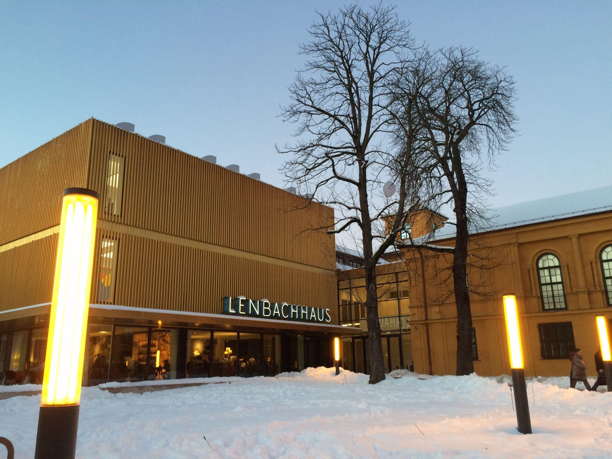 Stadtische Galerie Im Lenbachhaus In 2020 Scenic Views Visiting Kandinsky