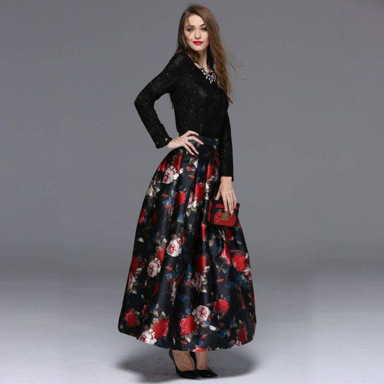 fedc2918c98f Abbigliamento elegante per una cerimonia di sera con una gonna lunga  plissettata