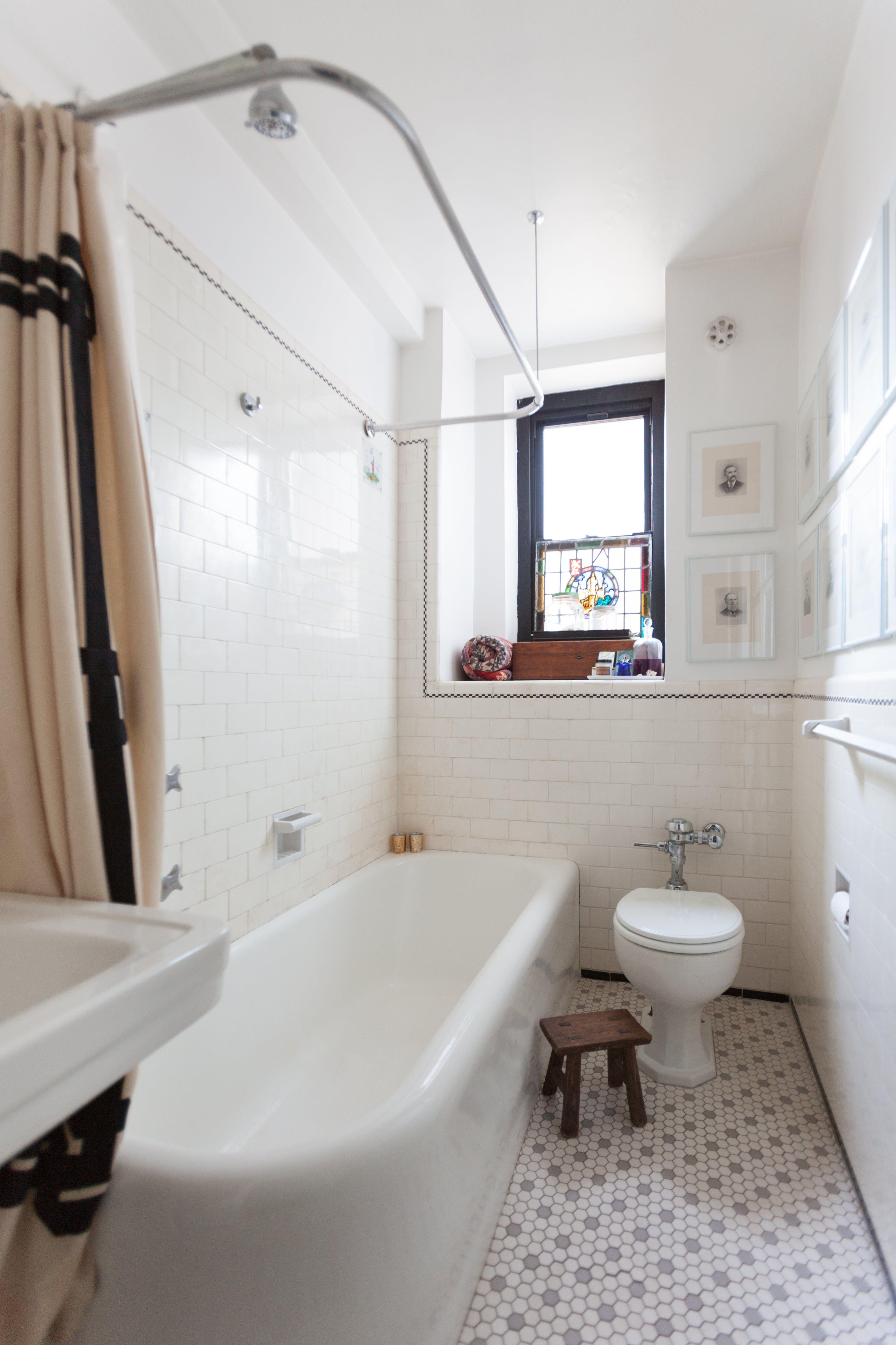 A Designer S Antique Modern Nyc Studio Gorgeous Bathroom Tile
