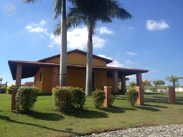 Casa De Campo Pequena Com Piscina Pesquisa Google Casa De Campo Casas Casas Com 3 Quartos
