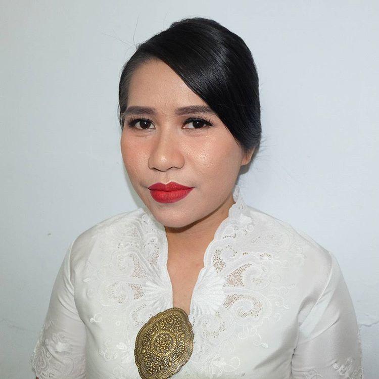 Make Up Wisuda Glamour Bogor Make Up Wisuda Kulit Gelap Bogor Make Up Wisuda Harga Bogor Makeup Hairdo Wisuda Bogor Make Up Wisud Kulit Gelap Glamour Kulit