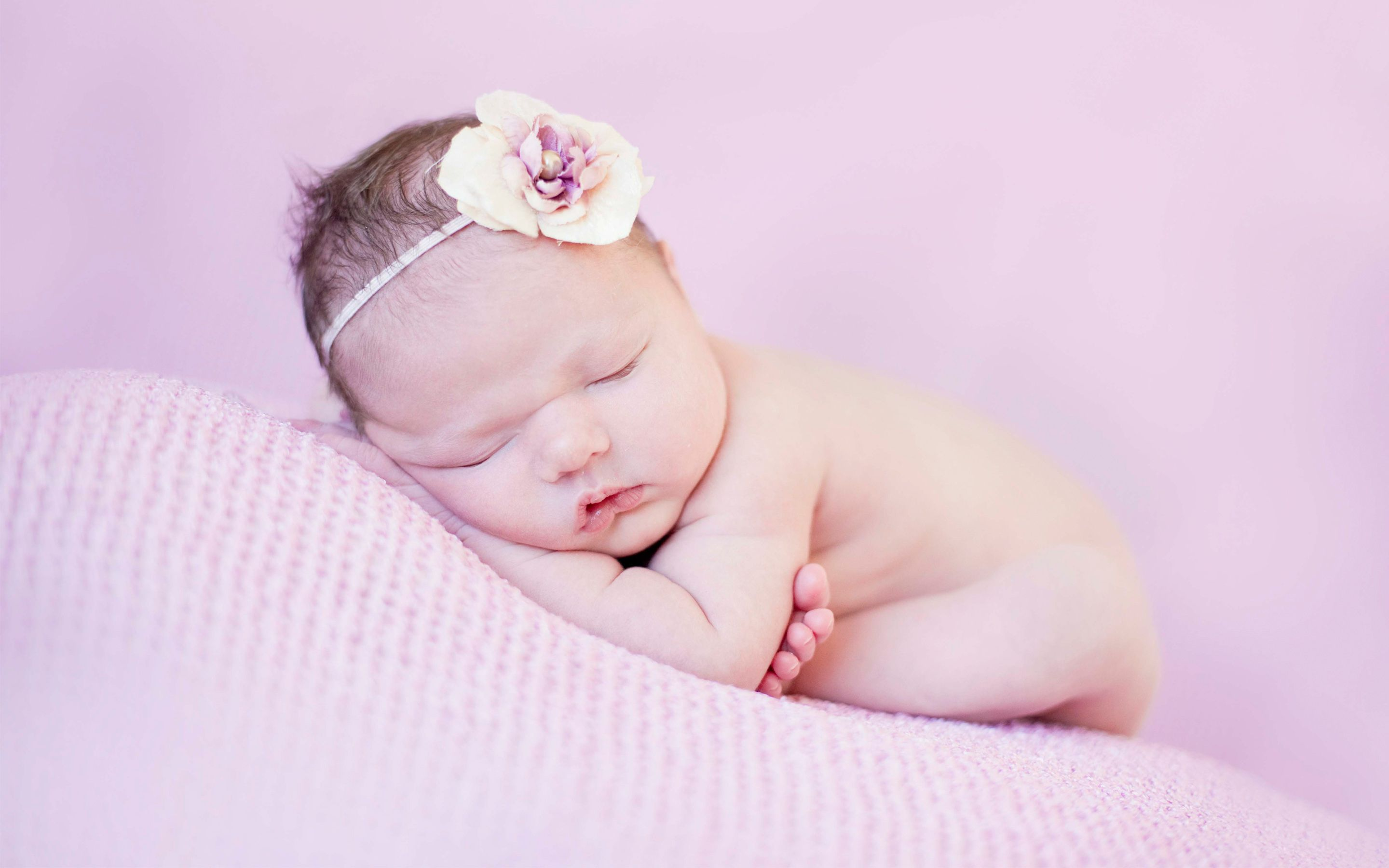 Good Night Baby Sleeping Lovely Wishes Wallpapers Hd Wallpapers