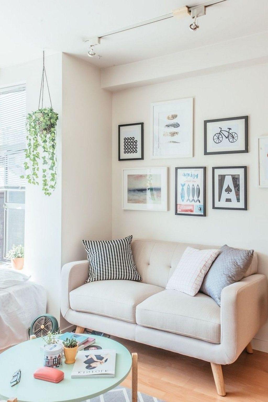 37 Minimalist Apartment Decorating Ideas On A Budget ... on Awesome Apartment Budget Apartment Living Room Ideas  id=86928