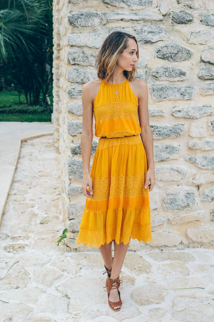 Villanelle Lace Dress Anthropologie Yellow Spring Outfit Blogger Fashion Via Thefoxandshe