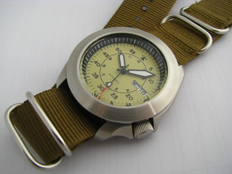 Yobokies SKX Smooth Bezel Mod yellow >   Watches   Seiko mod, Seiko