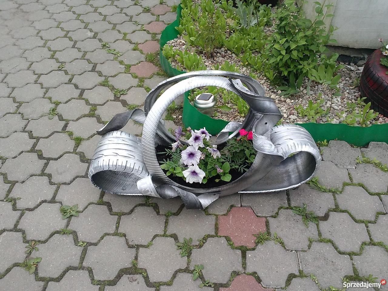 Www Sprzedajemy Pl Doniczki Z Opon Kwietniki Z Opon Labedzie Kosze Baby Car Seats Amazing Flowers Car Seats
