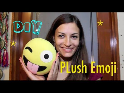 Diy plush emoji pillow home decor cute smiley face winking wink diy plush emoji pillow home decor cute smiley face winking wink emoticon solutioingenieria Gallery