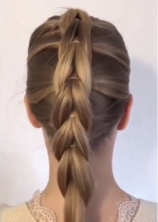 A Super Easy Braided Hairstyle Tutorial In 2020 Braided Hairstyles Easy Braided Hairstyles Tutorials Easy Hairstyles For Long Hair