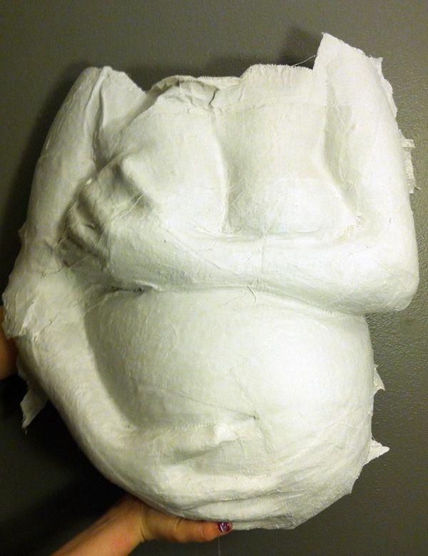 Belly cast left white for an elegant look.