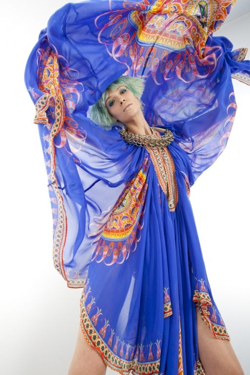 Oracle | Camilla Franks - Kaftans I am so going to do this when I get mine!