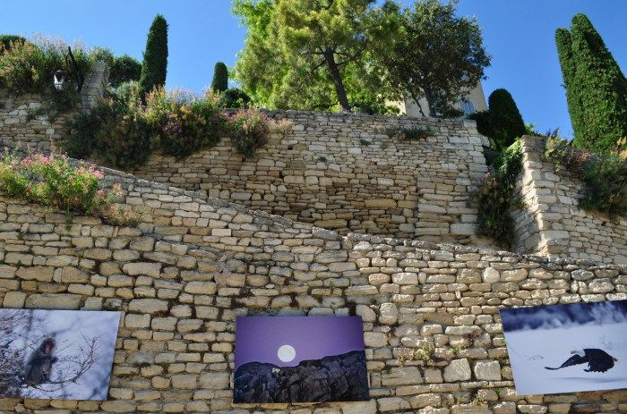 Fontaine De Vaucluse Abbaye De Sénanque Gordes E Saint Rémy De Provence Na Região Da Provença França Ligado Em Viagem Provença Viagem França