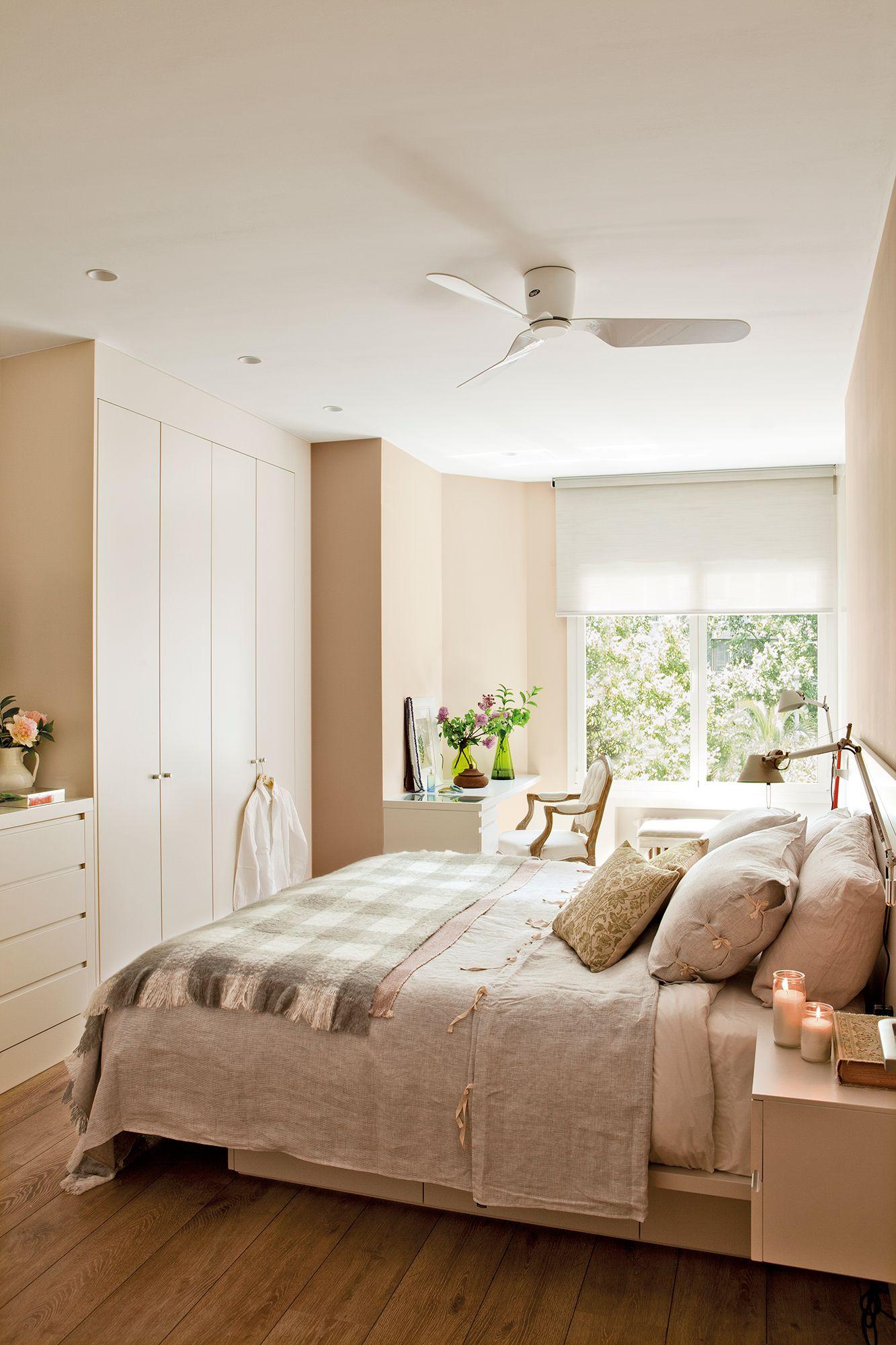 33 Un Armario Xl A Pie De Cama Dormitorios Decoraciones De Dormitorio Decorar Dormitorio Matrimonio