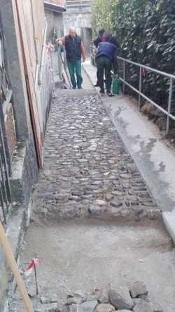 Omegna, via Verrua sistemata col lavoro dei volontari