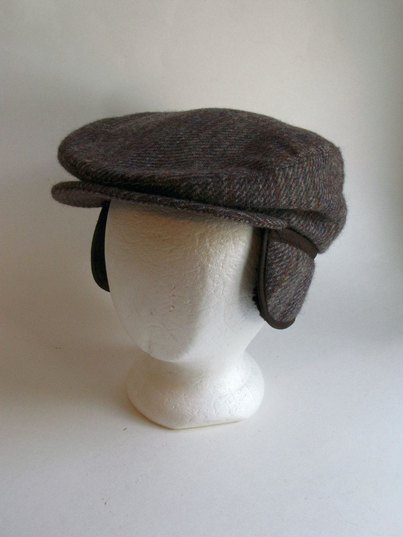 85335fb211 Vintage Mens Brown News Boy Cap   Winter Hat - Size Medium with earflaps.   19.99