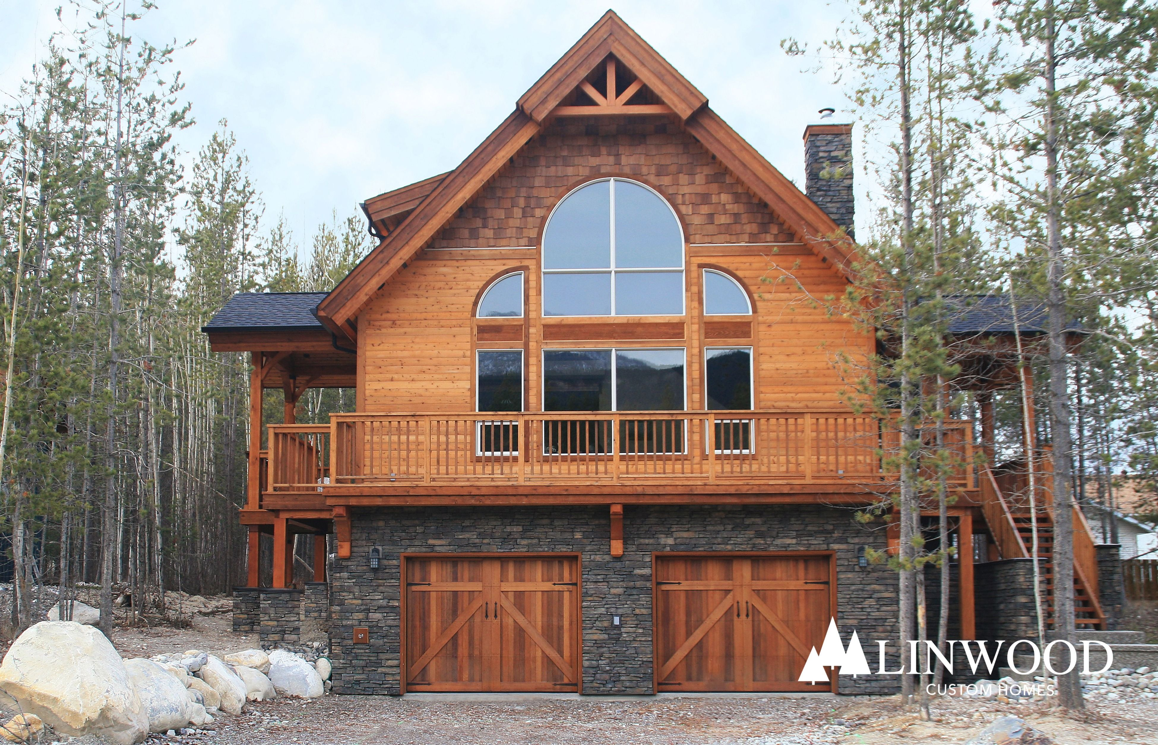 Pre Built Advantages Fast Assembly With Panelized Kit Log Homes Assembling A Log Homes With Panelized Log Home Kits Mak Log Home Kits Log Homes Log Home Plans