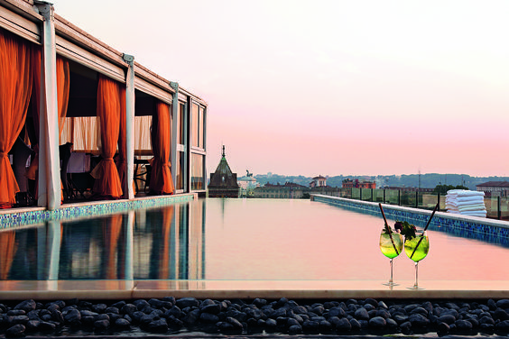 Best Rooftops In Rome Silverstories Best Hotels Rome Hotels Hotel