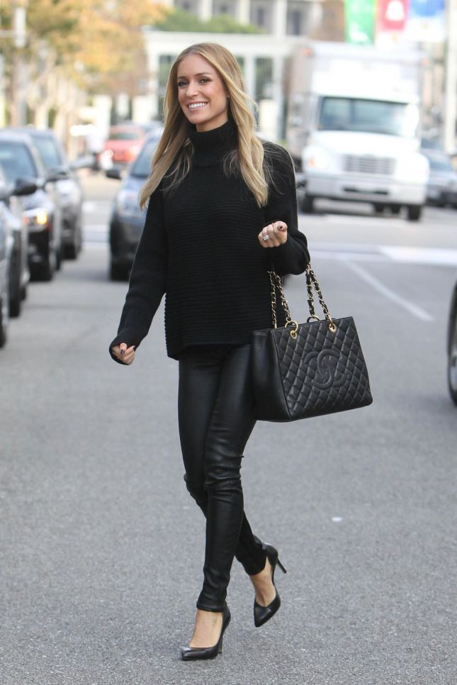Kristin Cavallari's swingy black turtleneck and leather leggings fire on all cylinder. This is the perfect outfit to pull on to hit the movies with your man, then to get a cocktail afterwards.
