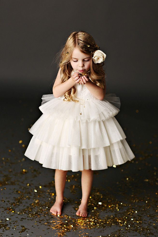 16e2c244532 Oh my gosh! Such an adorable picture! I LOVE the glitter idea. Tulle Flower  Girl Dresses ...