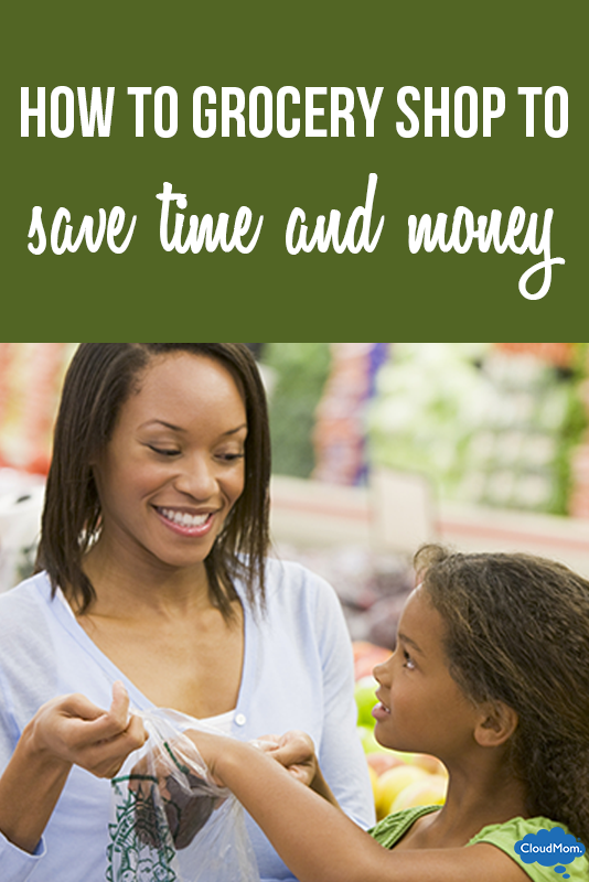 Want to be a smart shopper at the grocery store? Here are ways to get organized and save time and money! Helpful shopping guide!