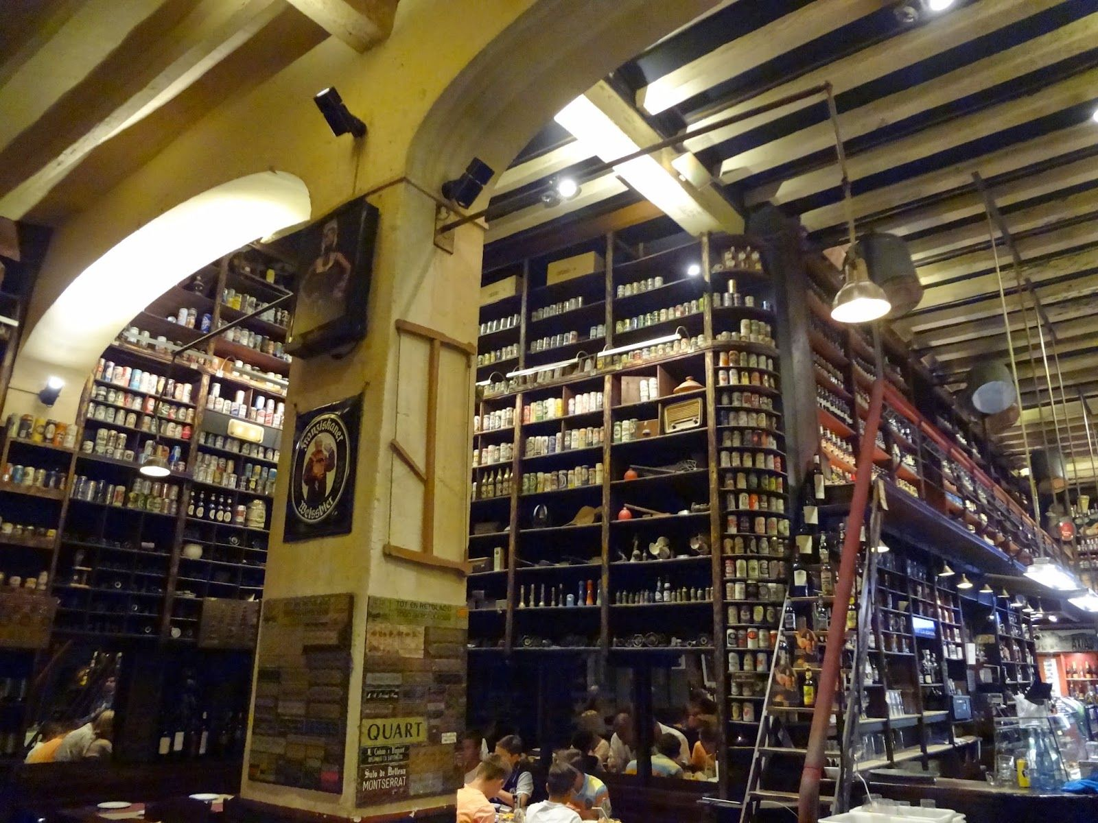 Interior De La Ferreteria Ferreteria Cerveceria Negocios