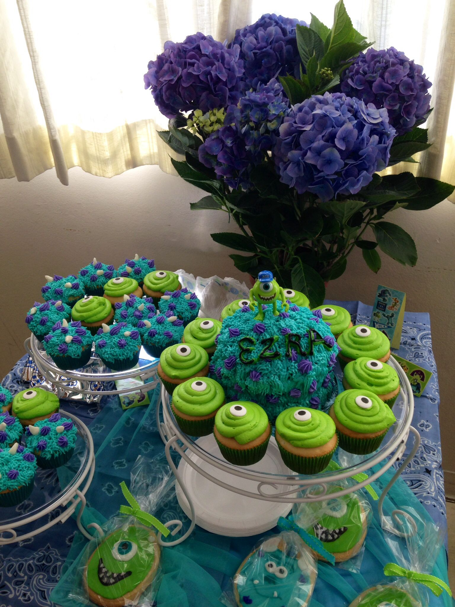 It was a Monster Inc sugar dream come alive! The adorable cake, cupcakes and cookies were so delicious! Taste of a Love Cakes in California... YOU ROCK!