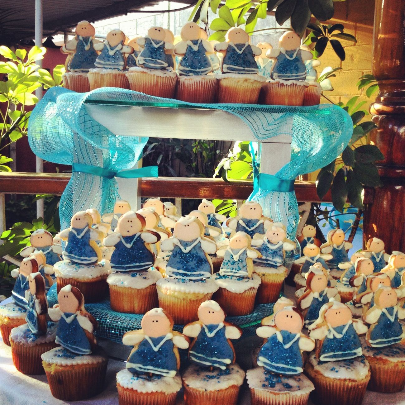 Angel cupcakes with images desserts cupcakes cake