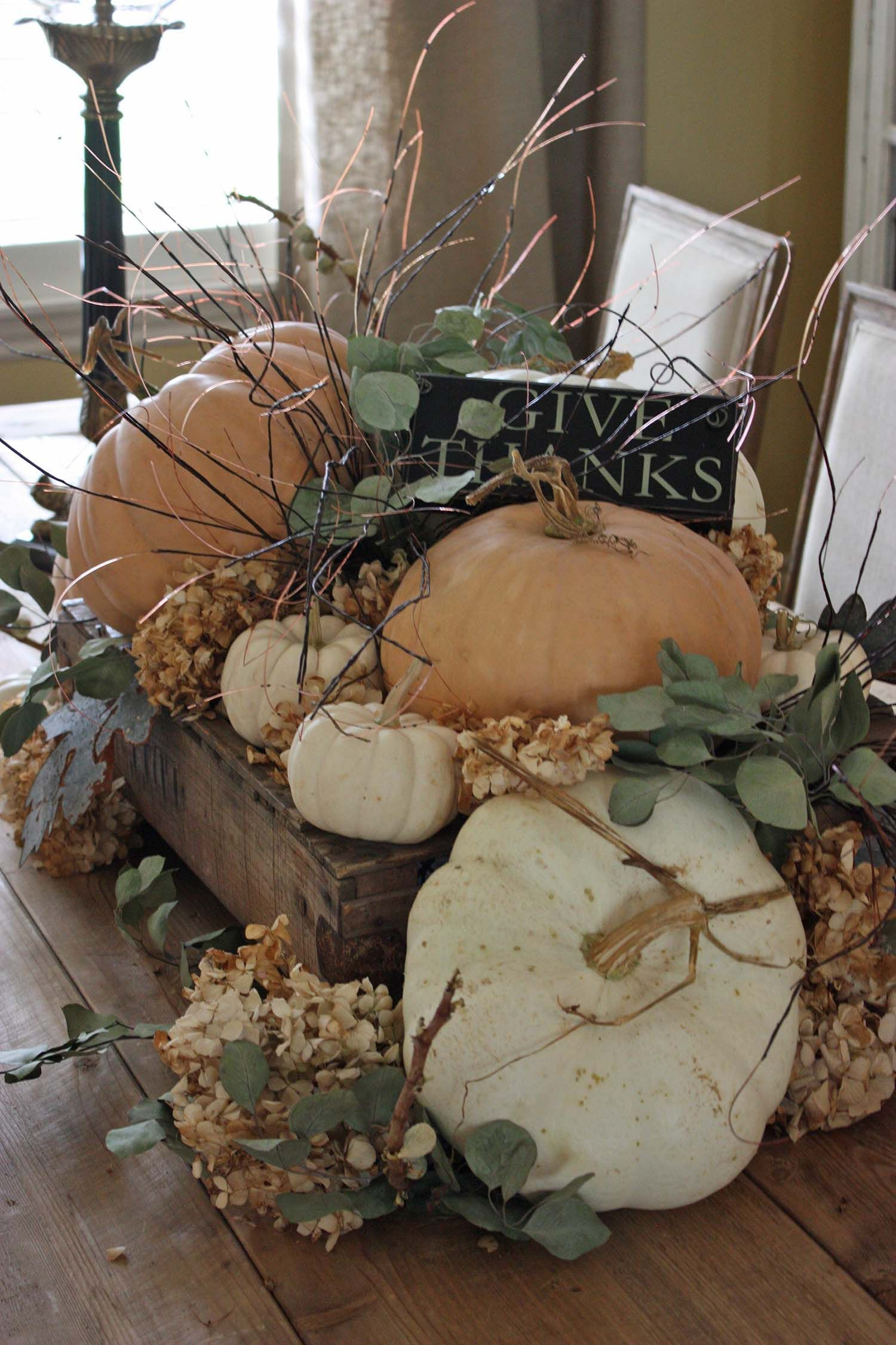 25 Warm And Welcoming Fall Table Decorating Ideas Fall