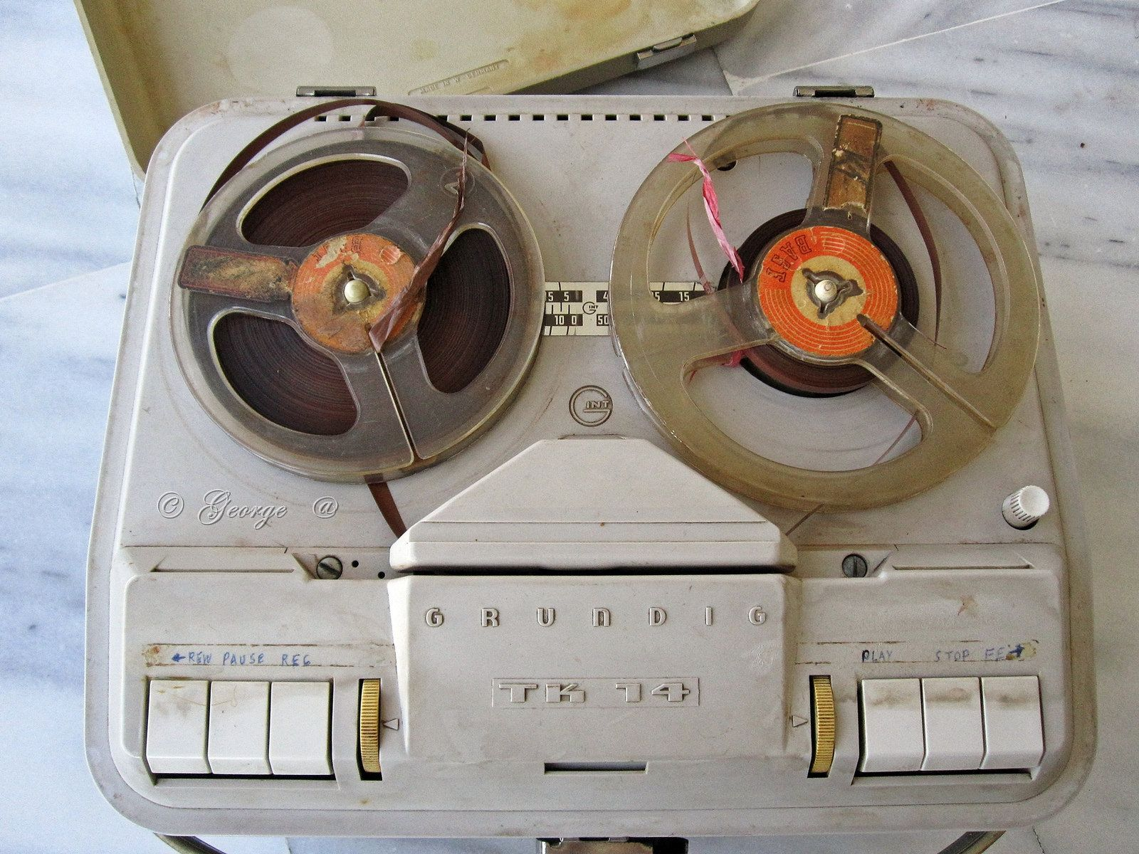 Grundig TK14 restored tube tape recorder from 1961-63 | Tape recorder, High  school memories, School memories
