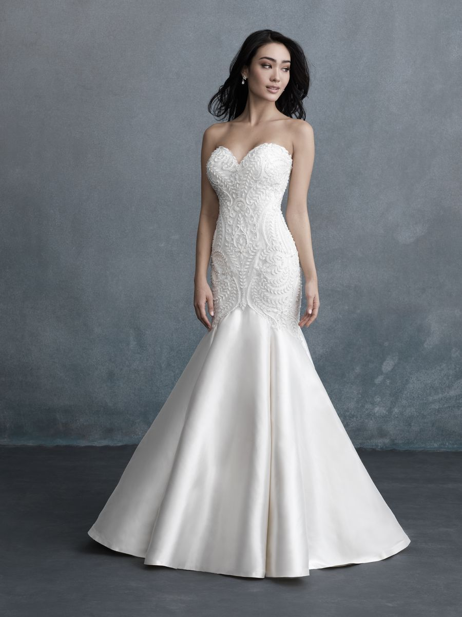 Style C585 Allure Bridals In 2020 Sparkly Wedding Dress Designer Bridal Gowns Allure Bridal Couture