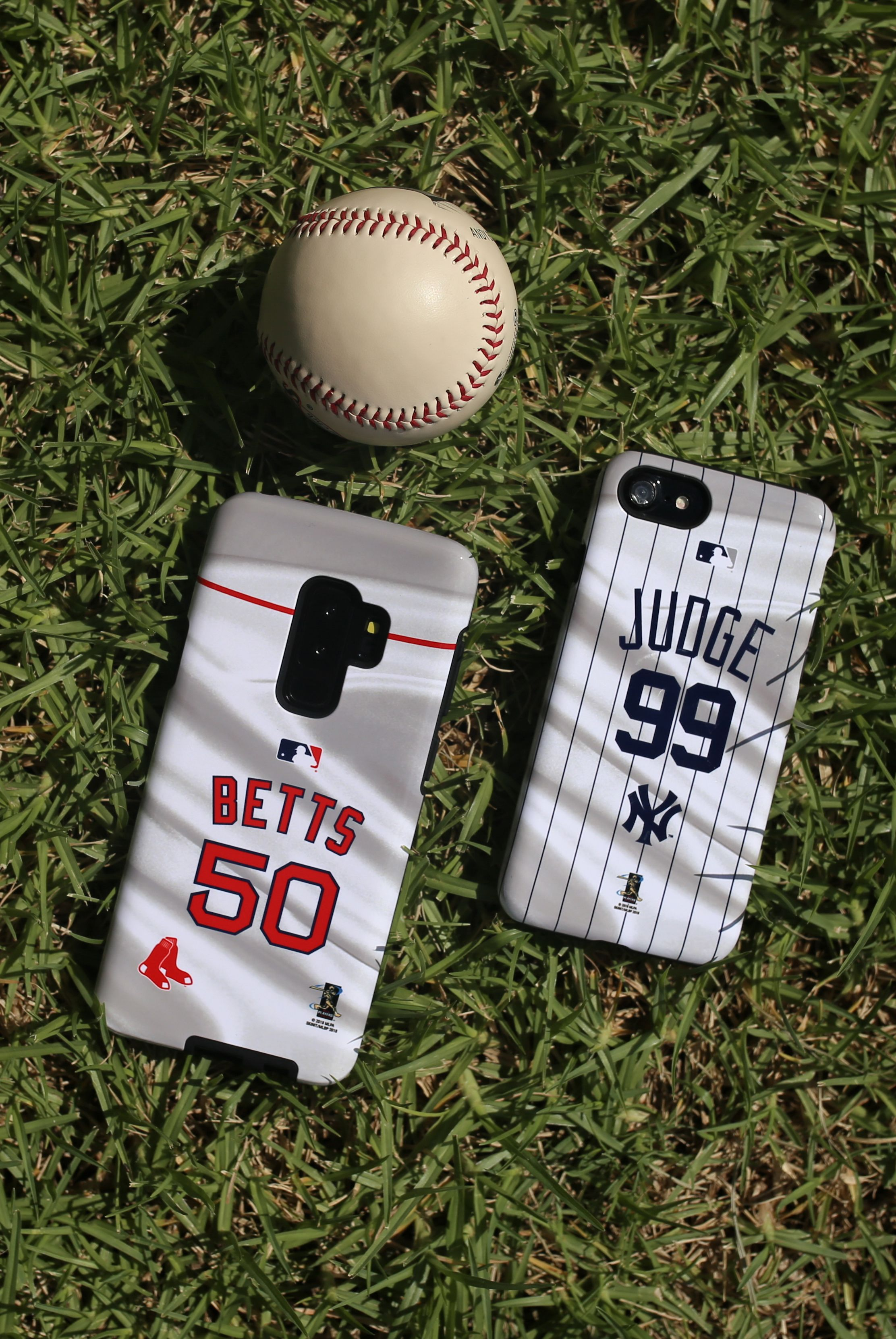Mlb Iphone And Galaxy Phone Cases By Skinit Explore Mlb Designs A Collaboration With Mlb X Skinit Skinit Has Partnered With Mlb To B Mlb Mlb Gear Mlb Teams