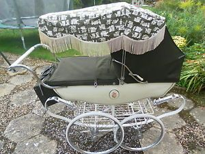 Vintage-Coachbuilt-Silver-Cross-Pram-with-Bag-Sun- & Vintage-Coachbuilt-Silver-Cross-Pram-with-Bag-Sun-Canopy-And ...