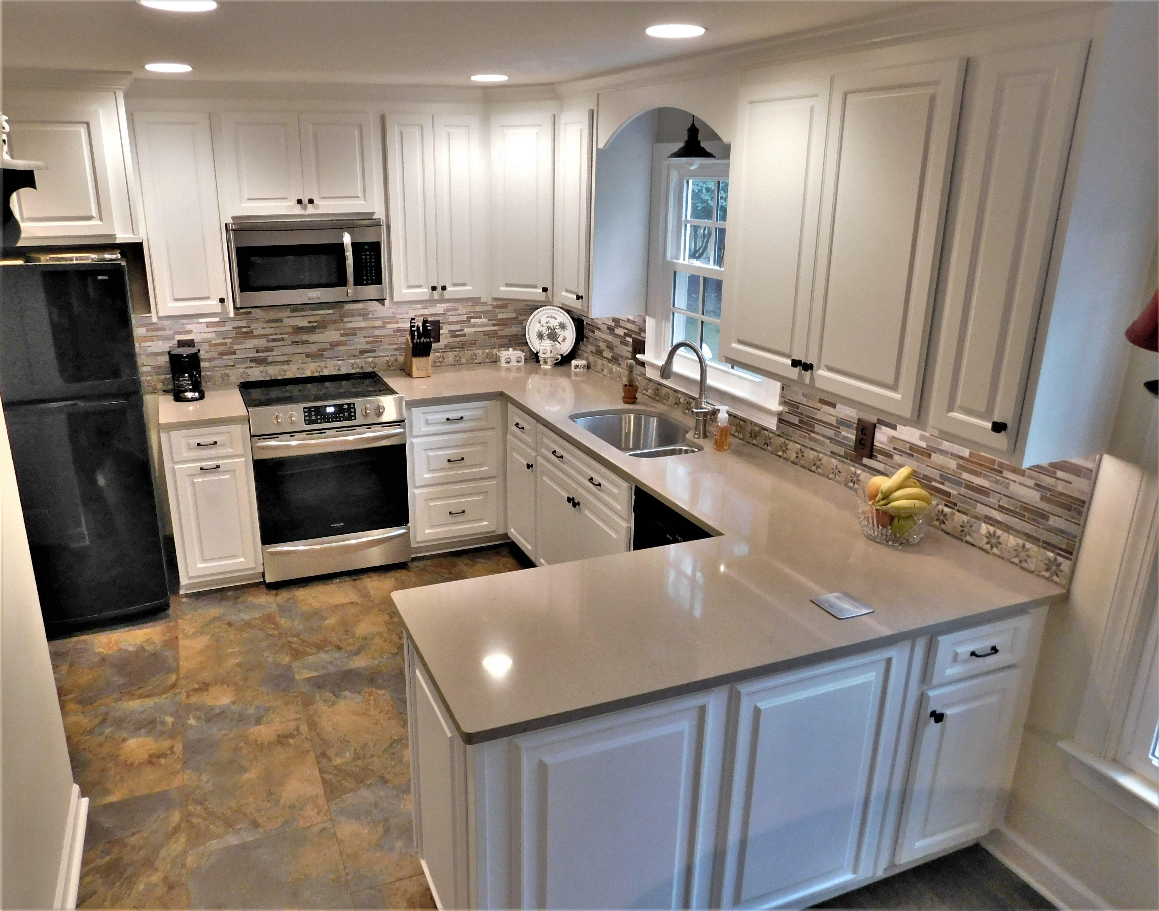Kitchen Tune Up Williamsburg Va Redooring Plus Backsplash A Beautiful Transformation In 2020 Kitchen Remodel Kitchen New Kitchen
