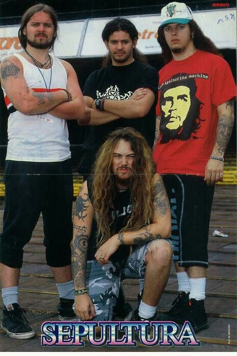 Sepultura, who are these idiots, wearing a Che Guevara shirt as if he's an idol, he's a damn communist who killed people just for fun...ignorant fools