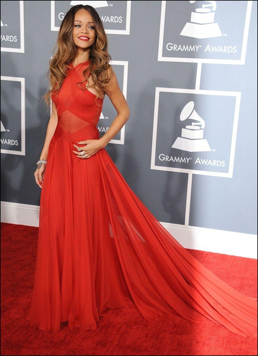 Rihanna Red Carpet Gowns | Rihanna red carpet, Nice ...