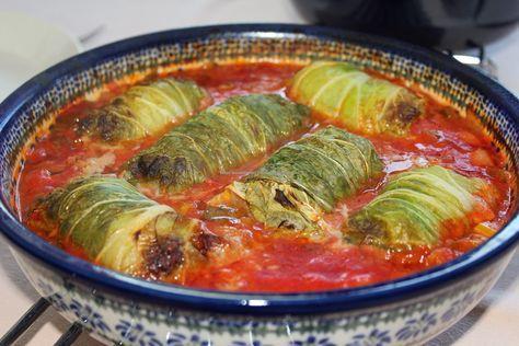 Kook de wereld rond!: Koolrolletjes in tomatensaus met gele rijst
