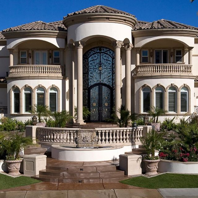 15 Phenomenal Mediterranean Exterior Designs Of Luxury Estates: My Futur House Inspiration