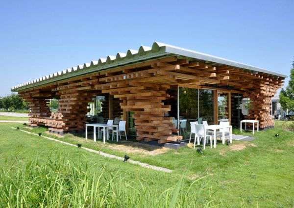 Amenajari Rustice Terase Restaurante Baruri Pensiuni Timber Architecture Architecture Wooden Cafe