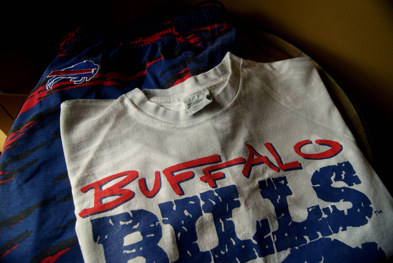 Vintage Buffalo Bills Original Zubaz Gear Pants And T Shirt Size Men S Medium Nfl Football Apparel Circle The Wagons Fan Football Outfits Shirts Apparel