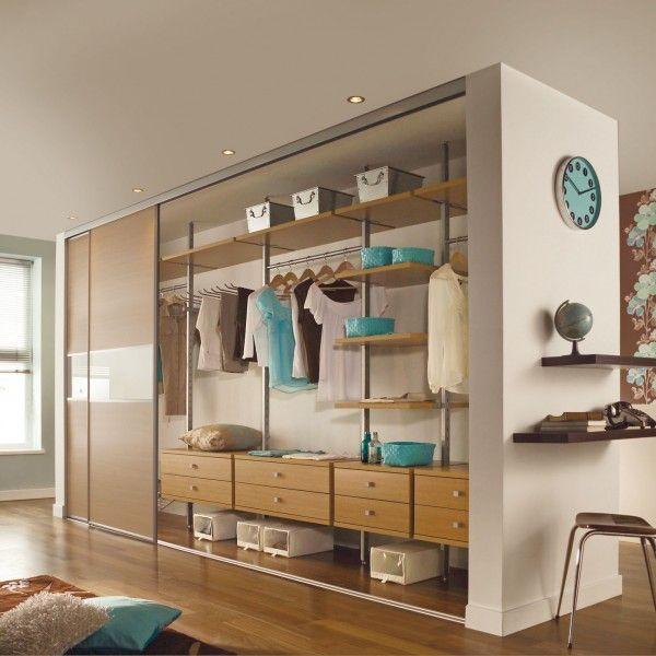 garderobe kleiderschrank inneneinrichtung ohne t ren interieur design pinterest. Black Bedroom Furniture Sets. Home Design Ideas