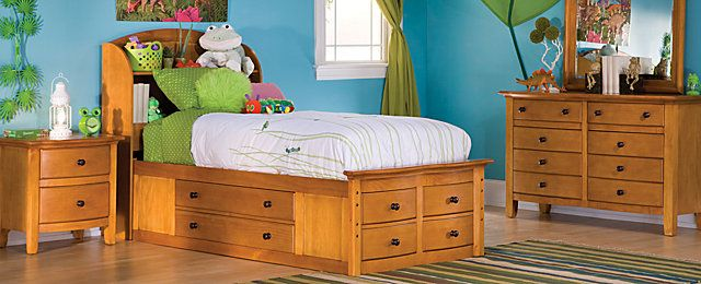 Designed to maximize storage space this Anderson twin storage bed is a terrific choice to fill a childu0027s storage needs. & Anderson Youth Bedroom Collection | My Raymour u0026 Flanigan Dream Room ...