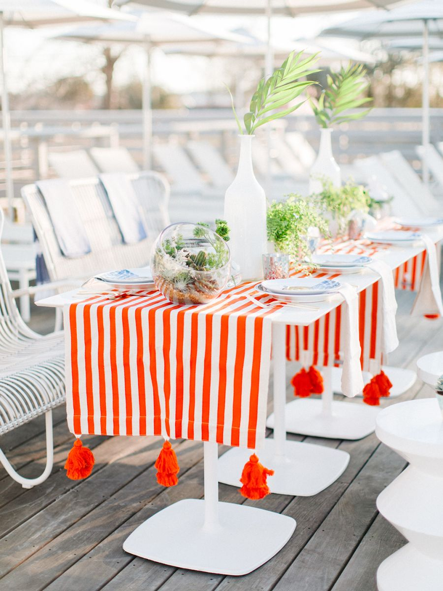 tasseled stripe runners perfect for a modern alfresco party Photography : Rachel Red Photography Read More on SMP: http://www.stylemepretty.com/living/2016/05/16/consider-this-the-cliffsnotes-to-throwing-a-killer-party/