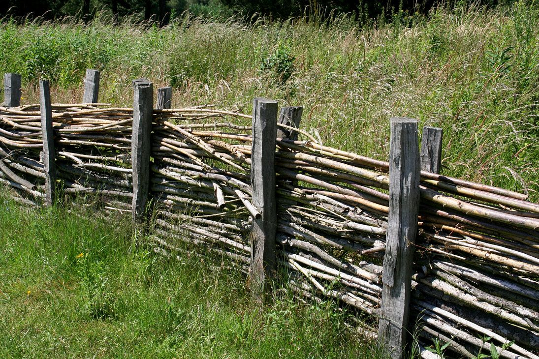 Old Way Of Doing A Fence Medieval Life Scandinavian Architecture Old Fences
