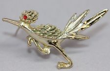 d8c8ca75dc8c Vintage Boucher Gold Tone Red Rhinestone Eye Road Runner Brooch Pin BR301