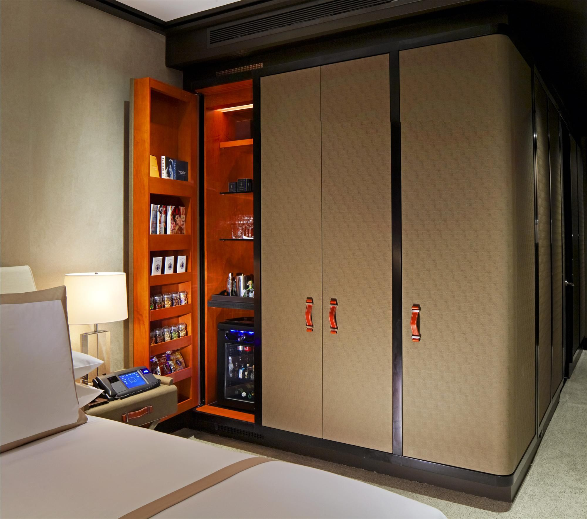 Luxury Hotel Room Interior Design: Luxury Collection New York Hotels: The Chatwal, New York